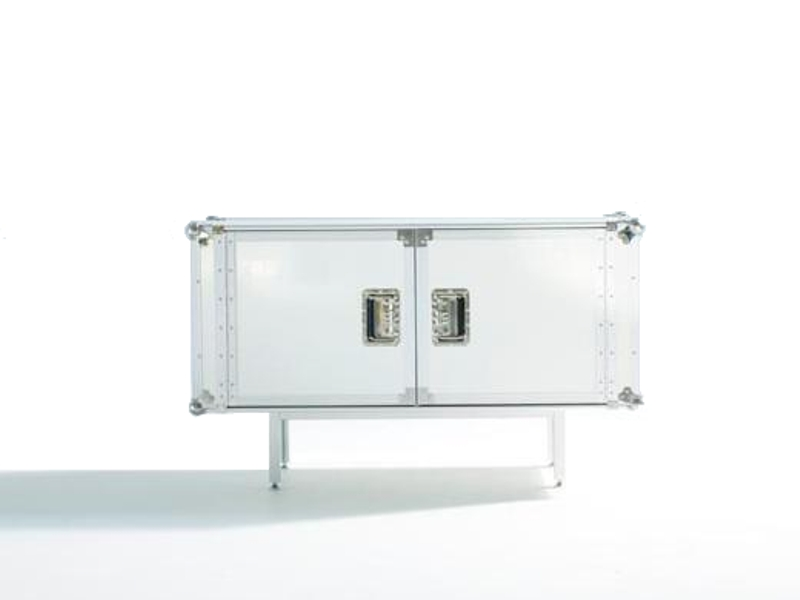 Total flightcase sideboard credenza buffet from diesel for Sideboard 300