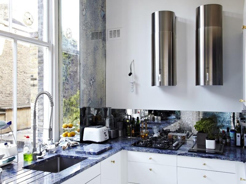 the london flat of interior designer danielle moudaber 57